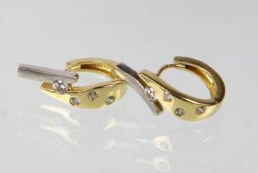 Hoop earrings with cubic Zirconia - yellow gold 585