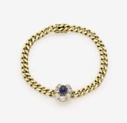 Bracelet with sapphire and diamonds