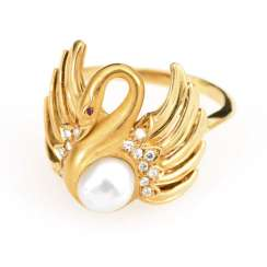 """Swan"" ring with cultured pearl, diamonds and ruby"
