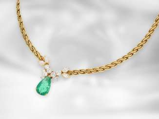 Necklace/Collier: like new very decorative wrought gold necklace with emerald drops and diamonds, total approx. 4,5 ct, 18K Gold
