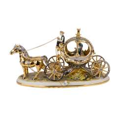 CAPODIMONTE figure group, 'Carriage with 2 horses, 20. Century.
