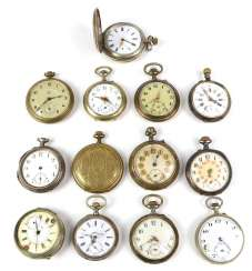 Lot of pocket watches for hobbyists