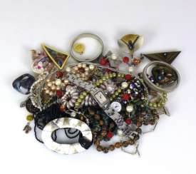 Mixed Lot Of Fashion Jewelry