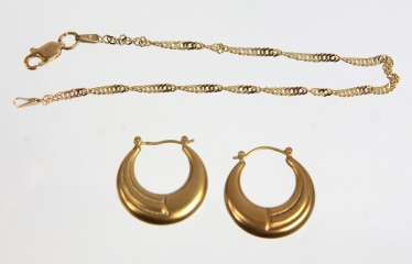 Singapore bangle & Hoop earrings - yellow gold 333