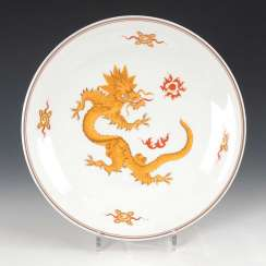 Wall plate with dragon decoration, Meissen.