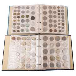 2 coin albums with colorful, mixed-content, in SILVER -
