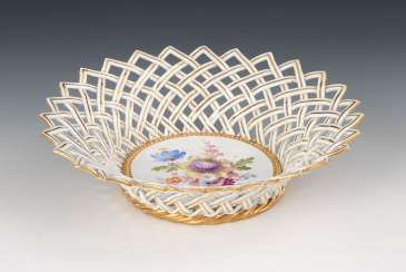 Wicker basket with flower painting, MEISSEN.