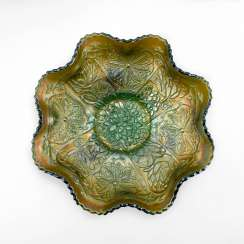 "Serving plate ""Lotus and Poinsettia"". USA, Fenton, handmade, 1906-1920"