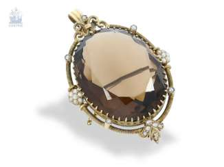 Pendant/brooch: rare, decorative antique brooch/pendant with large colored stone and fine seed pearls, around 1840