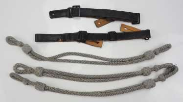 Wehrmacht: cap cords and storm straps - Lot.