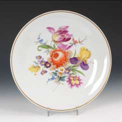 Wall plate with flower painting, MEISSEN.