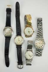 Lot of 5 mens wrist watches - Omega / Tissot / Kienzle.