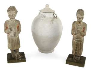Two standing figures and a lid, urn, made of ceramic
