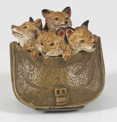Rare Vienna Bronze with young foxes in a bag