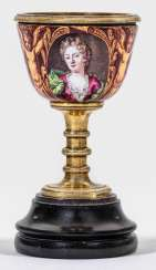Small Baroque-Cup