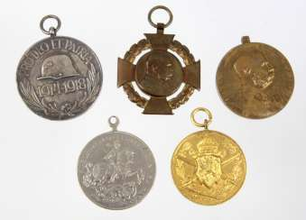2 medals, Franz Joseph I., among others