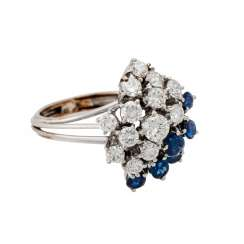 Ring with sapphires and diamonds together approx. 1.2 ct,