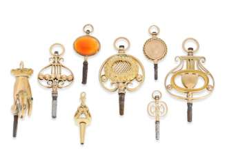 Spindle clock key: collection of very rare Golden spindle watch key, around 1800