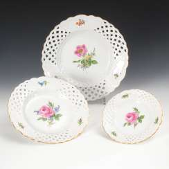 3 breakthrough plate with flower painting, Meissen.