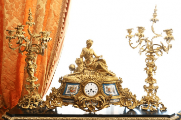 Mantel clock Seth Europe of the XIX century.