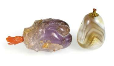 Snuffbottle aus Amethyst and pebble-shaped Snuffbottle agate