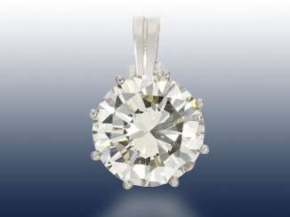 Pendant: white Golden vintage pendants, with exceptionally large and valuable, brilliant, approx. 6ct