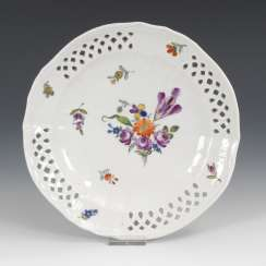 Dessert plate with floral painting, OLDEST VOLKSTEDT