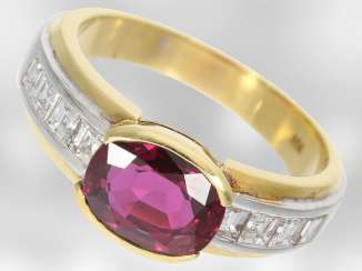 Ring: - value unique ruby ring with diamonds, total approx. 3,53 ct., 18K Yellow/white gold, court jeweller Roesner