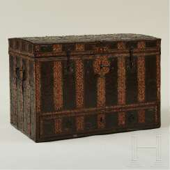 Rare Renaissance chest with fine iron fittings, France, 17th century