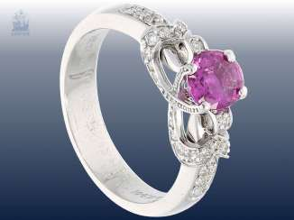 Ring: elegant, high fine ruby/diamond ladies ring, handmade, 18K white gold