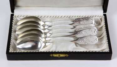 6 coffee spoons with engraving - silver