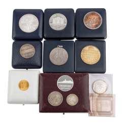 Coins and medals, with GOLD and SILVER