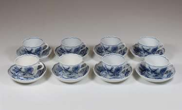 8 mocha cups with the Bottom, staatl. Meissen