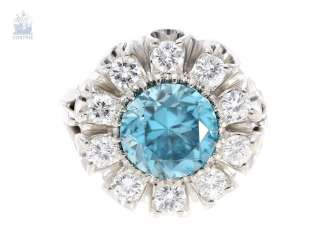 Ring: interesting and extremely decorative vintage ladies ring with large color stone and fine diamonds