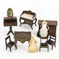 7 furniture and 2 dolls for the dollhouse