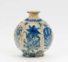 Jug with floral decor