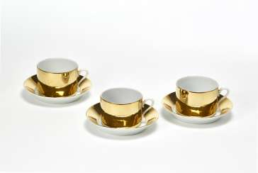 Tea set of three cups and three saucers of the series