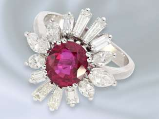 Ring: exquisite, lovely and unusual ruby/diamond gold forged ring is made of platinum, high quality, handmade, approx. 4,24 ct