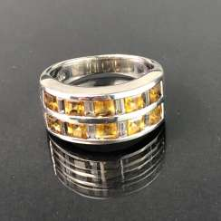 Timeless ladies ring: White Topaz, and citrine. Silver 925 rhodium-plated, very solid, very good.