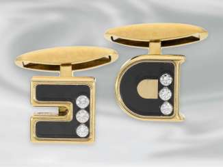 Cufflinks, gold Initial cufflinks with brilliant DC or CD,