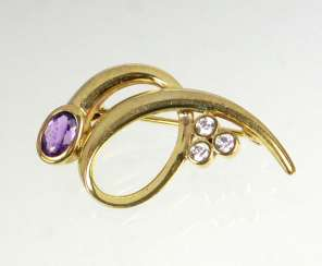 Amethyst brooch with cubic Zirconia - yellow gold 333
