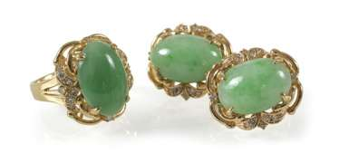 Jade And Diamond Ring And Earrings