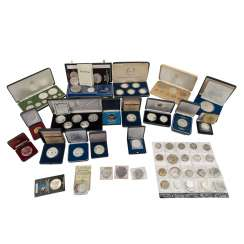 Mixed lot of silver medals and coins, some GOLD, 36.5 g fine