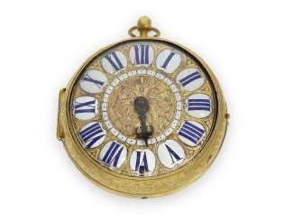 Pocket watch: an exceptional, early einzeigrige Louis XIV Oignon with shell decor-case, Menu Paris around 1690
