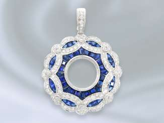Pendant: highly decorative and richly-trimmed sapphire/brilliant gold wrought pendant in 18K white gold, approx. 5.3 ct