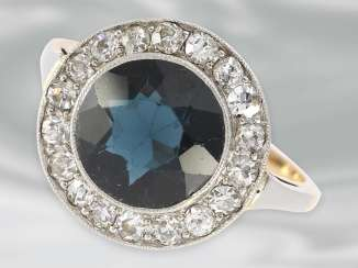 Ring: very beautiful Art Deco Ring with diamond and blue color stone, 14K rose gold & platinum