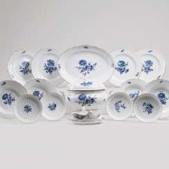 Dinner service 'blue flower with insects' for 6 persons