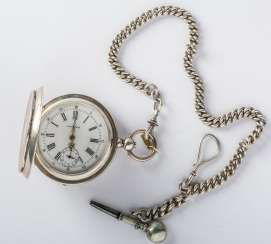 SILVER POCKET WATCH WITH CHAIN AND KEY