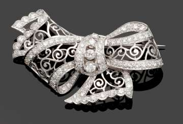 Magnificent Diamond Grinding Pin Brooch