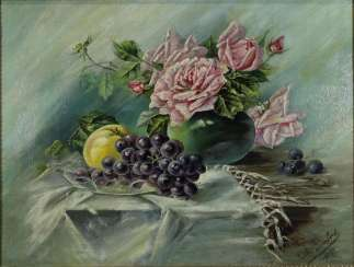 Still in 1905,life with roses and grapes